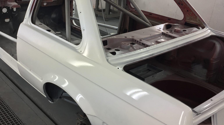 De Carrosserie Van De Bmw E30 Cup Raceauto Bij De Spuiterij